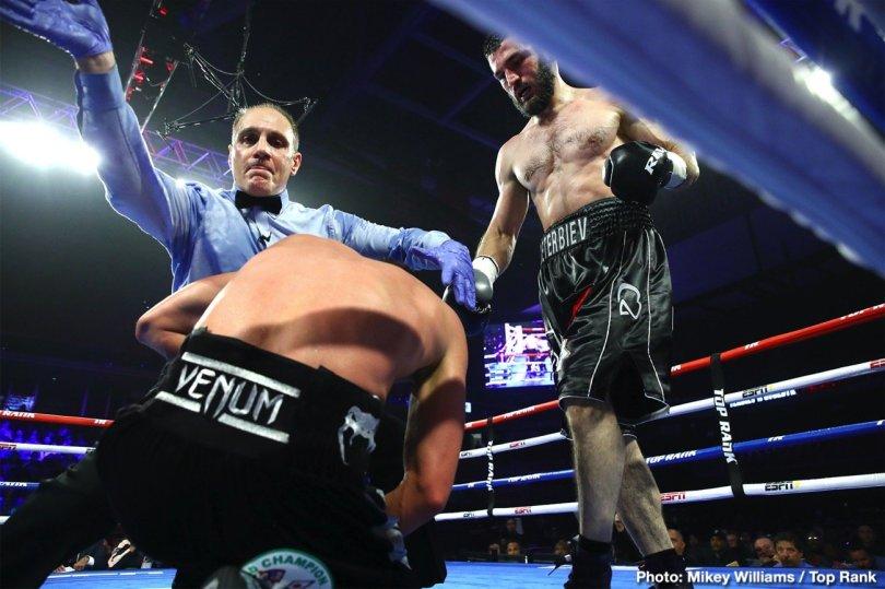 0-Artur_Beterbiev_vs_Oleksandr_Gvozdyk_stoppage
