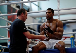 Boxing - Anthony Joshua Media Session - Sheffield, Britain - March 21, 2018 Anthony Joshua and trainer Robert McCracken during the media session