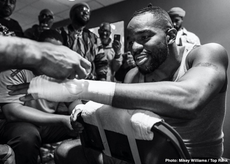 boxing-Jesse_Hart_handwraps